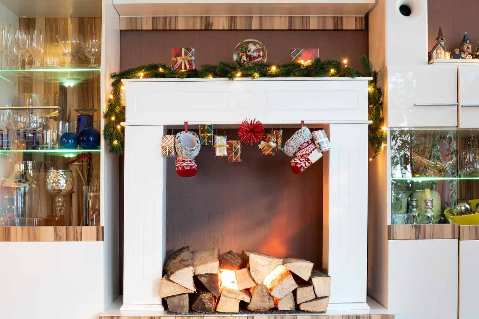 how to change lightbulb electric fireplace