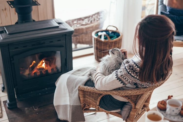 Is an Electric Fireplace Actually Better Than a Real Fireplace
