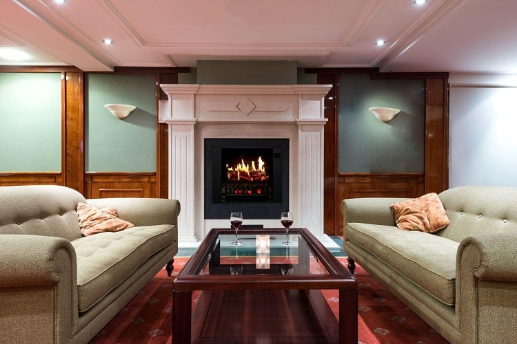 Which Brand of Electric Fireplace Has an Ultrarealistic Flame Effect