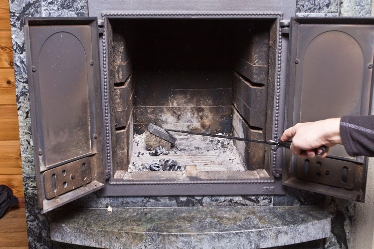 What Are Some of The Main Problems Involving Wood and Gas Fireplaces